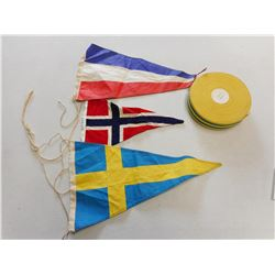 ASSORTED COUNTRY FLAGS & RIBBON ROLL