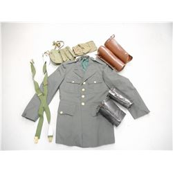 US MILITARY JACKET, LEATHER GAITERS & POUCHES