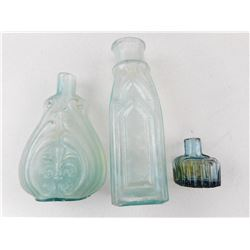 CIVIL WAR ERA BLUE BOTTLES