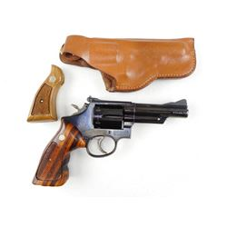 SMITH & WESSON , MODEL: 19 , CALIBER: 357 MAGNUM