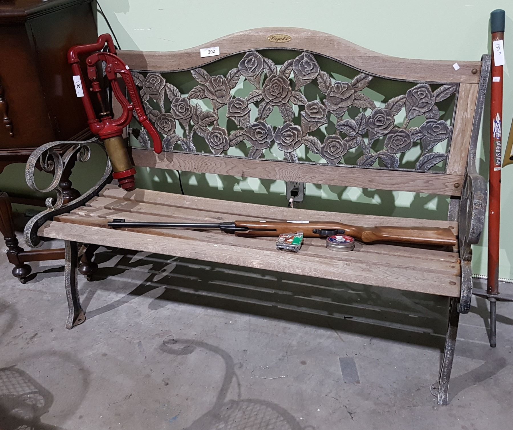 Enjoyable Vintage Wrought Iron And Wood Garden Bench Gmtry Best Dining Table And Chair Ideas Images Gmtryco