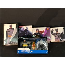 COLLECTION OF DC FIGURINES INC. BATMAN SET, AND 4 OTHER BATMAN FIGURINES