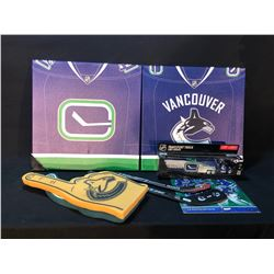 VANCOUVER CANUCKS/GIANTS COLLECTIBLES INC. MODEL TEAM BUS, FOAM FINGERS, CANVAS ART AND MORE