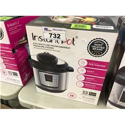 INSTANT POT 6 IN 1 MULTI-USE PROGRAMMABLE PRESSURE COOKER
