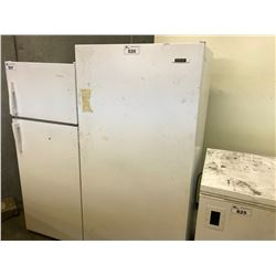 FRIGIDAIRE UPRIGHT FRIDGE