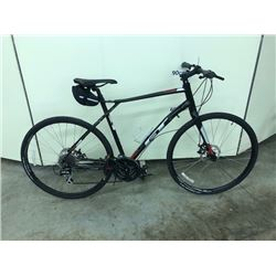 BLACK GT VIRAGE COMP 24 SPEED ROAD BIKE WITH FRONT AND REAR DISK BRAKES
