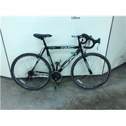 BLACK AND GREEN GMC DENALI 700 21 SPEED ROAD BIKE