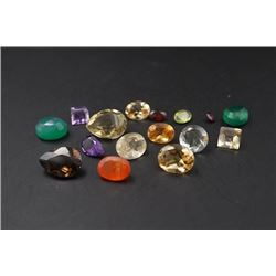 A Group of 16 Gemstones in Different Sizes.