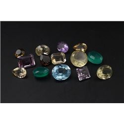 A Group of 14 Gemstones in Different Sizes.
