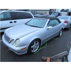 2002 Mercedes-Benz CLK320