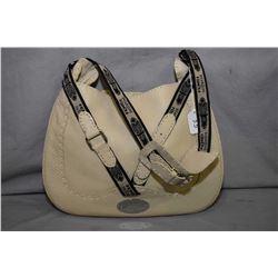 Italian leather Fendi buckled hobo bag