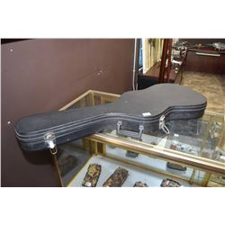 Plush lined hard electric guitar case