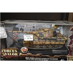 New in box 1:32nd scale Forces of Valor die-cast German King Tiger tank