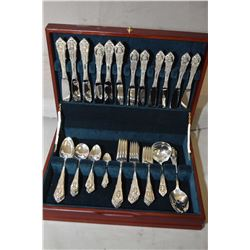 Wooden canteen of Wallace Rosepoint sterling silver flatware including settings for six of dinner kn