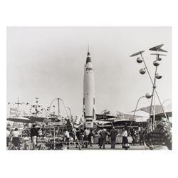 Large Photo of Early Tomorrowland.