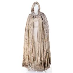 """""""Snow White"""" floral cloak ensemble from Once Upon a Time Season 06, Episode 2."""
