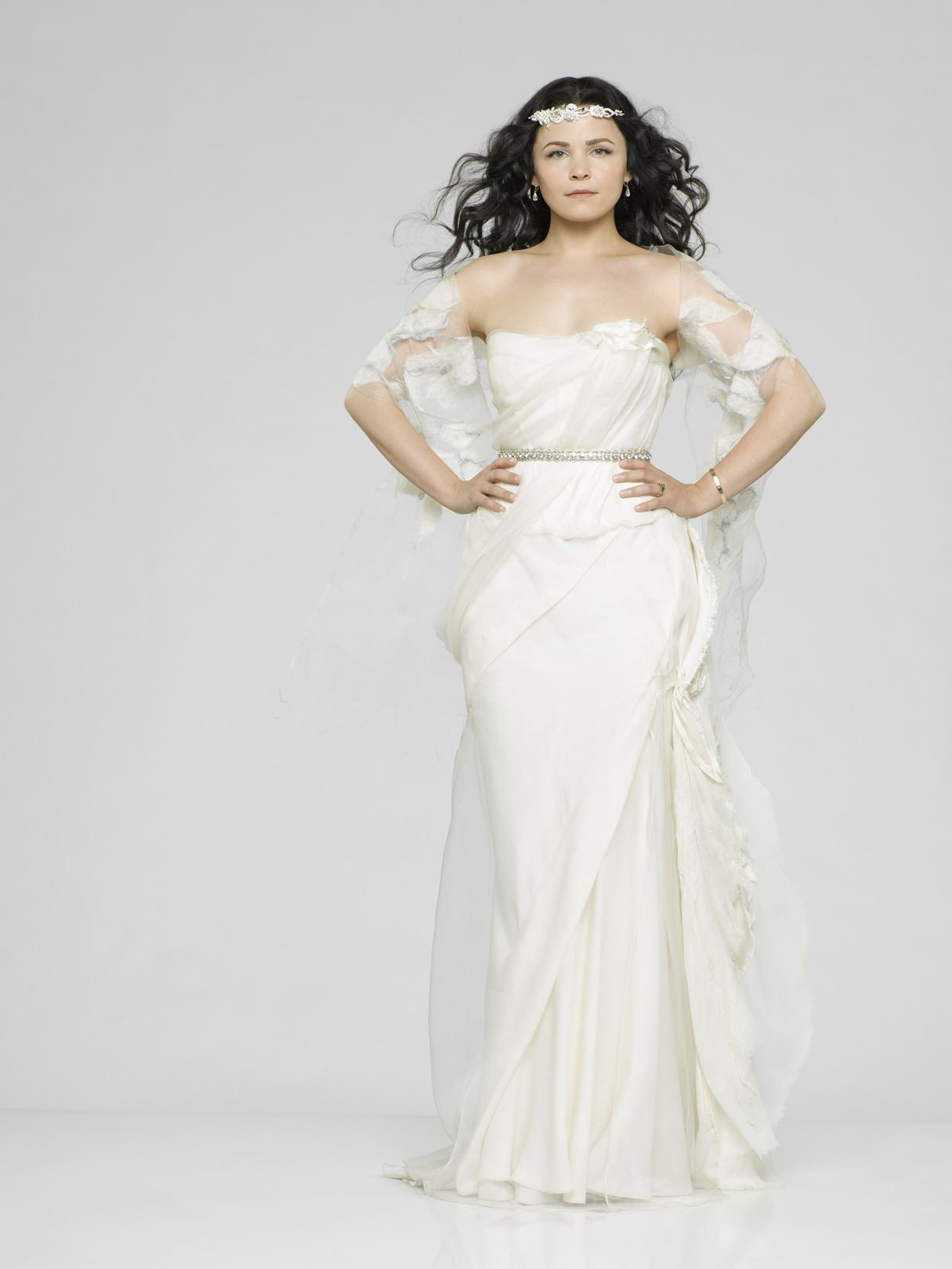 Snow White Vera Wang Wedding Dress From Once Upon A Time Season 3 Promotional Photos