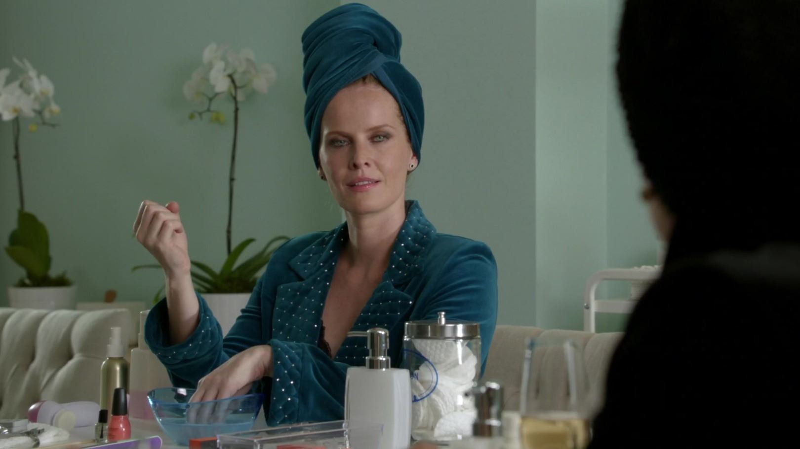 """Zelena"" velvet robe ensemble from Once Upon a Time Season 6, Episode 5"