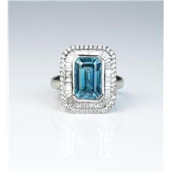 18CAI-21 BLUE ZIRCON  DIAMOND RING