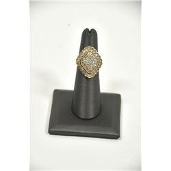18PD-11 DIAMOND CLUSTER RING