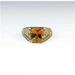 18CAI-68 CITRINE  DIAMOND RING
