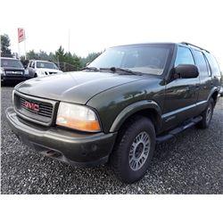 L4 --  2001 GMC Jimmy , Green , 367430  KM's