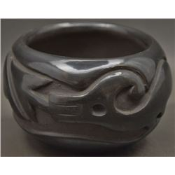 SAN ILDEFONSO INDIAN POTTERY BOWL (BLUE CORN)
