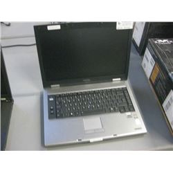 TOSHIBA - PTS52C-MH709C - UNTESTED, NO POWER SUPPLY, NO HDD