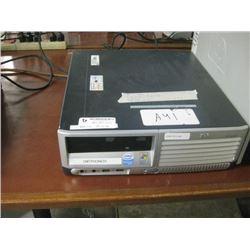 HP COMPAQ DC7700 SMF INTEL PENTIUM D 3.2 GHZ \ 2.00 GB RAM \ 500 GB SATA \ DVD ROM \ WIN 7 PRO UNACT