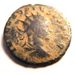 Bronze coin of Claudius II (253-268 A.D.)