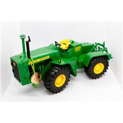 John Deere 8020 Precision Classics Has Box