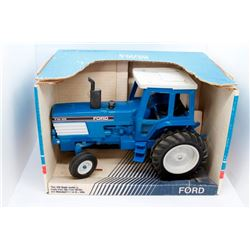 Ford TW-25 Scale Models 1:16 scale Has Box