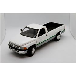 Dodge Ram Fan Pickup 1:18 scale Has Box