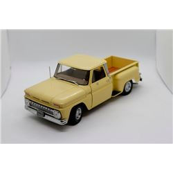 1965 C-10 Stepside 1:18 scale Has Box