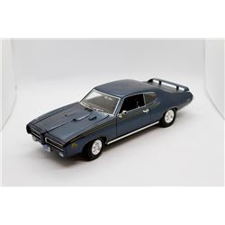 1969 Pontiac GTO Judge 1:18 scale Has Box