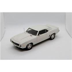 1969 Chevrolet ZL-1 Camaro 1:18 scale Has Box