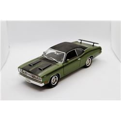 1971 Plymouth Duster 340 1:18 scale Has Box
