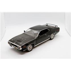 1971 Plymouth GTX 440 1:18 scale Has Box