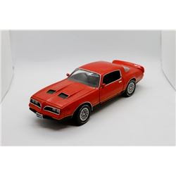 1977 Pontiac Firebird Formula 1:18 scale Has Box