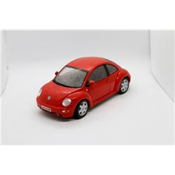 Volkswagon New Beetle 1:18 scale Has Box