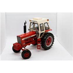 Case IH 856 Precision Elite #1 Ertl 1:16 Has Box