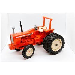 Allis Chalmers 220 Toy Farmer 1:16 Has Box