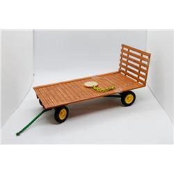 John Deere Hay Wagon Precision Classics Ertl 1:16 Has Box