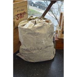 Canadian Military Bag (1970)