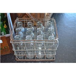 Vintage Milk Carrier / 12 bottles