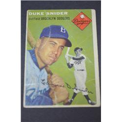 1954 Topps #32 Duke Snider