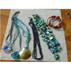 BAG OF ASSORTED JEWELRY - BEADED - 5 NECKEACES & 1 BRACELET