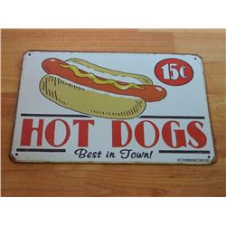 VINTAGE DESIGNED METAL SIGN - HOTDOGS