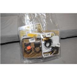 Bag Lot : Assorted Leupold Scope Rings & Bases : Sealed in orig pkgs : ( 1 ) 30 mm QRW w/ levers Low