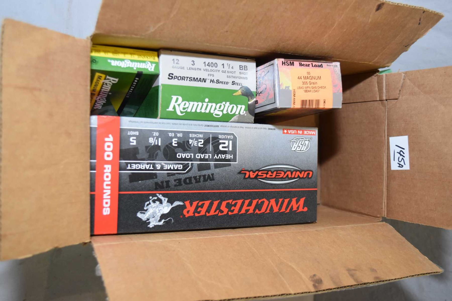 Box Lot of Ammo : One Box ( 50 rnds ) HSM  44 Mag Cal 305